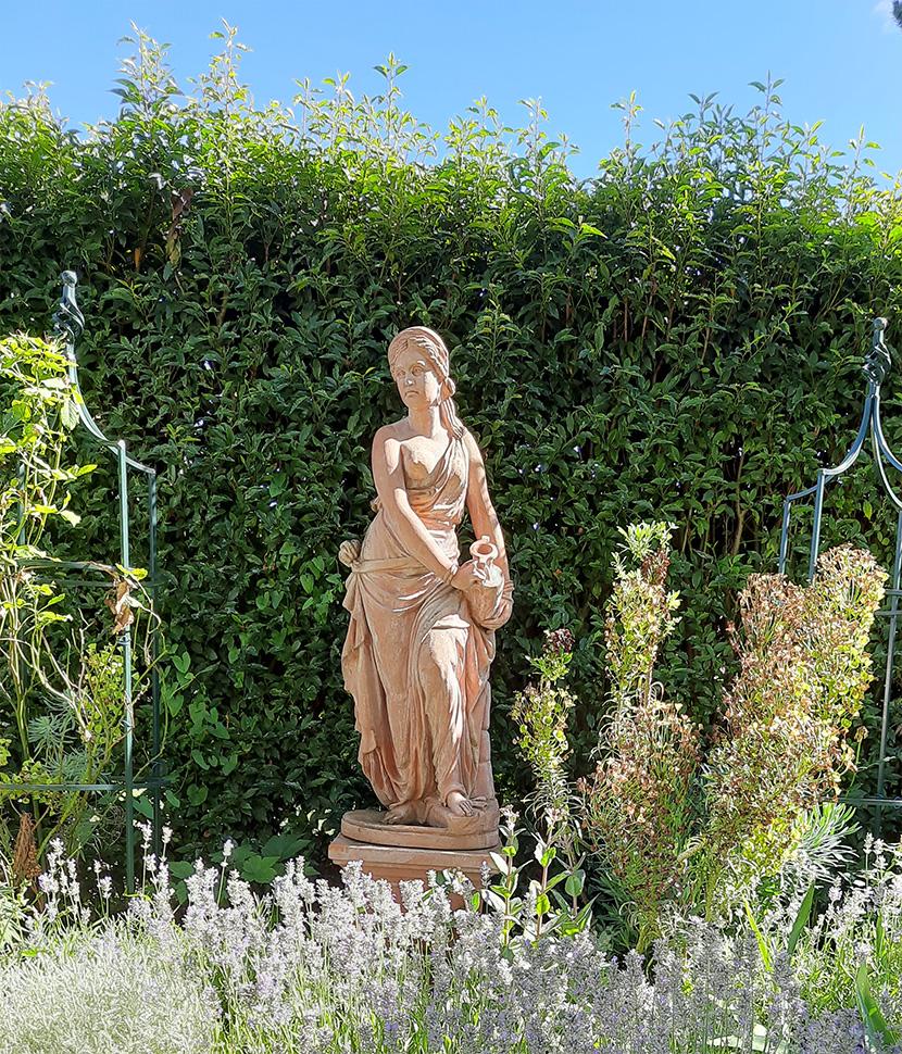 Impruneta Terracatta, Statue
